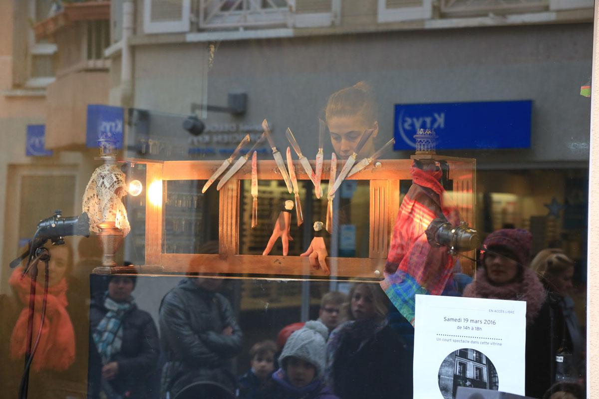 le-ballet-des-mains-rouges-09-a-mairie-de-clamart